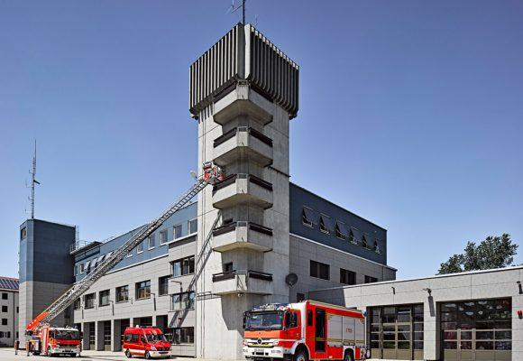 eap Architekten und Stadtplaner, Energetische Fassadensanierung der Berufsfeuerwehr, Ingolstadt, Turm