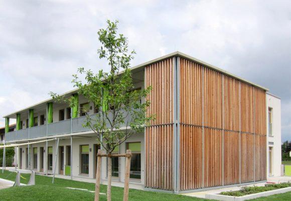 Kinderkrippe Gleissnerstrasse, München, Sued-Ost, Holzfasseade