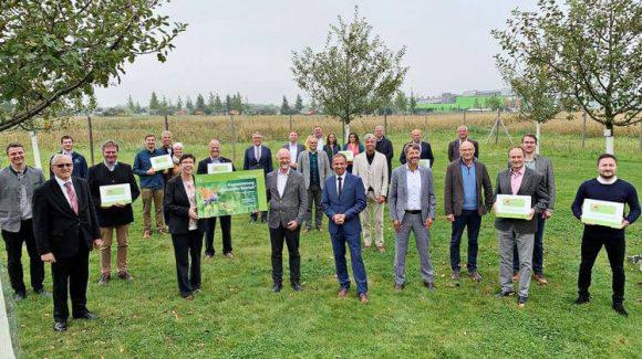 """Das Projekt Hollerhof Münchsmünster erhält die staatliche Auszeichnung """"Blühender Betrieb"""""""