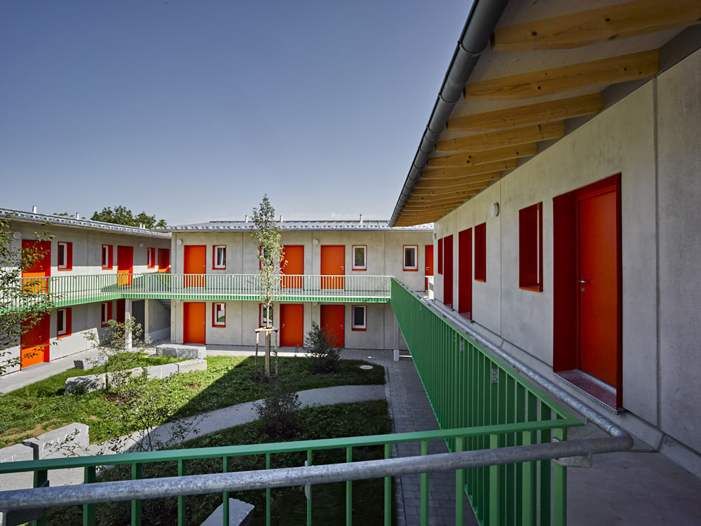 wohnungen f r obdachlose menschen landsberg lech eap architekten stadtplaner. Black Bedroom Furniture Sets. Home Design Ideas