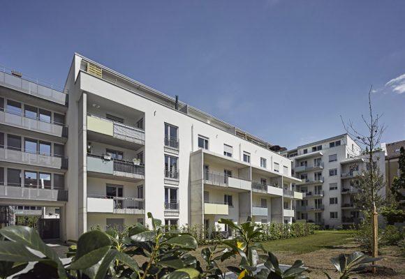 eap Architekten und Stadtplaner, Innerstädtisches Wohnen, Agricolastraße, München, Innenhof, Balkon