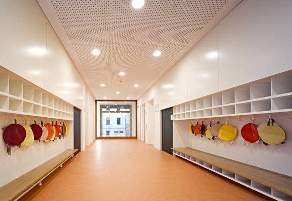 eap Architekten und Stadtplaner, Kinderkrippe Kazmairstrasse, München, Garderobe