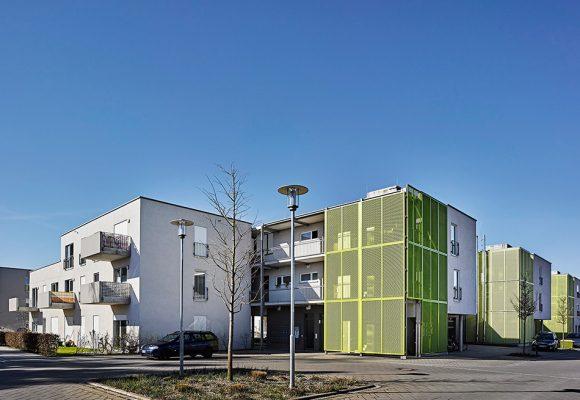 eap Architekten und Stadtplaner, Mehrgenerationenwohnen, Königsbrunn, Ansicht Strasse